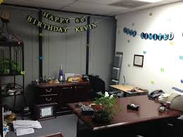 here you can see that they used the extra 60s to finish off the decoration inside kevins office along with the couple banners we made birthday office decorations