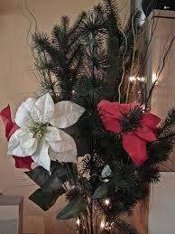 Tannenzweige Und Weihnachtsstern Künstlich Foto Bild