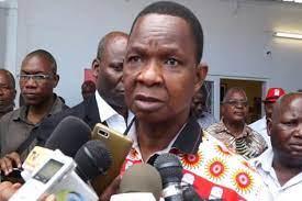 Folha de Maputo - Notícias - Nacional - Frelimo não teme união entre Renamo  e MDM em Nampula