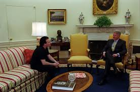 clinton oval office. File:Bill Clinton And Bono In Oval Office.jpg Office