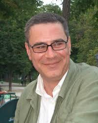 No sé si fue hace quince o veinte años cuando conocí a Manuel Fernández-Cuesta. Vivía entonces en Milán y cada vez que llegaba a Madrid repasábamos la ... - Manuel-Fernandez-Cuesta_EDIIMA20130710_0532_1