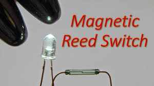 Simple Reed Switch (Magnetic Switch) Circuit to Glow a White LED - YouTube