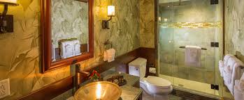 ... A Bathroom In A 2 Bedroom Suite Features Palm Tree Wallpaper, ...