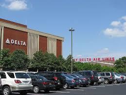 delta airlines delta flight attendant