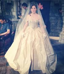 rose mcgowan (young cora) on the set of once upon a time ouat Wedding Attire By Time rose mcgowan (young cora) on the set of once upon a time · wedding attirewedding wedding attire by time of day