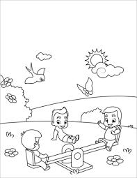 Disegno Di Ragazzi Giocano Sullaltalena Da Colorare Disegni Da