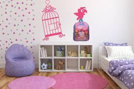Adesivi murali e wall stickers per personalizzare gli spazi