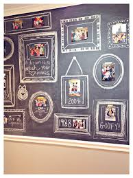 35 creative diy ways to display your family photos chalkboard photo wall