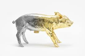 reality bank in the form of a pig – areaware