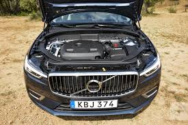 2018 volvo cars.  cars front view of the 2018 volvo xc60u0027s midrange t6 engine and volvo cars