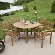 outdoor dining table wood round