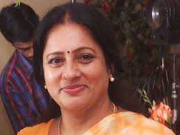 praveena she is one of the highest paid malam serial actresses she has starred in numerous malam films and television soap operas