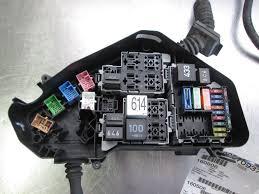 engine relay power junction fuse box 4 2l v8 7p0907295b oem vw 2004 vw touareg fuse box diagram at 2004 Touareg Fuse Box