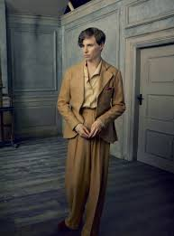 Eddie Redmayne on The Danish Girl and Finding the Freedom in Transition