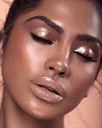 glossy glam makeup look