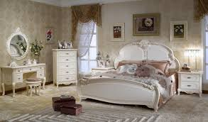 Antique Bedroom Decorating Ideas Awesome Decorating