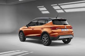 2018 renault captur. perfect renault the overall design is similar to that of the renault captur  a roomier  interpretation supermini with which it shares platform intended 2018 renault captur