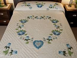 Heart of Roses Quilt -- wonderful ably made Amish Quilts from ... & Soft Blue and Green Heart of Roses Quilt King size Bed Quilt Photo ... Adamdwight.com