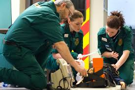 paramedic science foundation degree money matters uk paramedic practice students 2018 19