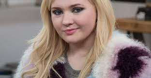 Abigail kathleen breslin (born april 14, 1996) is an american actress and singer. Where S Abigail Breslin Now Bio Net Worth Now Brother Sister