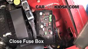 replace a fuse 2007 2010 jeep compass 2008 jeep compass sport 6 replace cover secure the cover and test component