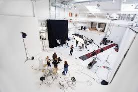 Pin de Alejandro Mendivil en professional photography studio hire |  Configuración de estudio fotográfico, Estudio fotográfico, Estudios de  fotografía