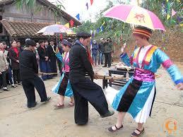 Bản sắc văn hóa người Mông ở Hà Giang