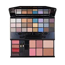 revlon love is on deluxe make up kit gift set