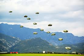 essay photo essay palazzo strozzi high school renaissance  u s department of defense photo essay u s army paratroopers descend at juliet drop zone near pordenone