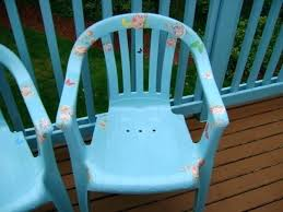 best paint for plastic plastic patio chairs painted and decoupaged wanna see can you spray paint
