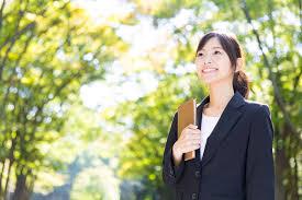 営業職にふさわしい女性の髪型とは3つの重要ポイントまとめ ウリカタ