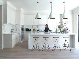 kitchen crown molding ideas modern crown molding for kitchen cabinets great popular crown molding ideas these kitchen crown molding