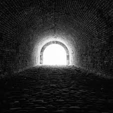 Light Tunnel B Q Download Wallpaper Light At The End Of The Tunnel 2048x2048