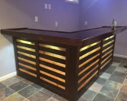 pallet bar. rustic outdoor pallet bar, with a solid 25mm elm top. all of it can bar
