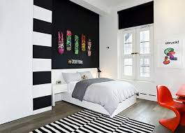 unique black and white wall decor for bedroom ilration inside 7