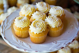Old Fashioned Vanilla Cupcakes With Buttercream Frosting Kitchme