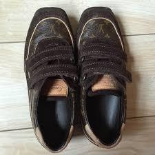 louis vuitton kids. louis vuitton shoes - 100%authentic kids sneaker monogram s