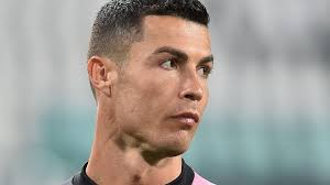 Cristiano ronaldo is one of the greatest players on the pitch, off the pitch, while he is not modeling or endorsing a product, ronaldo is a proud father of four and husband to georgina rodriguez. Serie A What S Happened To Ronaldo No Shot On Target Against Milan Nor A Touch In Their Box In First Half Marca