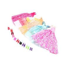 <b>Набор</b> платьев с туфлями для куклы <b>Барби</b> купить в интернет ...
