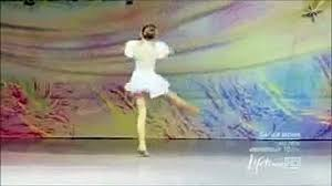Maddie Ziegler cry solo - video dailymotion