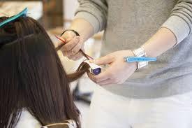 薄毛に悩む女性必見頭頂部の薄毛も目立たない髪型とヘアアレンジヘア