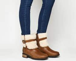 double tap to zoom into the image ugg blayre ii shearling boots chestnut leather