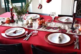 I hope my family-friendly, red and white table with natural touches has  given you some ideas ...