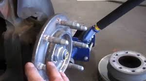 Hub assembly wheel bearing replacement Chevrolet Silverado 2500 HD ...