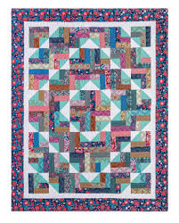 Summer Camp Quilt & Summer Camp Quilt Tutorial from Missouri Star Quilt Co. Adamdwight.com