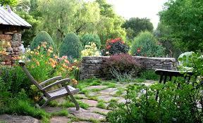 Natural Garden Design 15 Pictures :