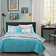 intelligent design clara coverlet comforter