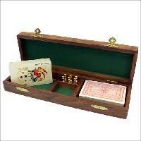 Making Wooden Games A collection of wooden games including maze puzzles or snakes 97