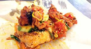 Masakan ini mempunyai cita rasa gurih yang berasal dari santan yang dipadu dengan bumbu khas masakan padang. Nasi Kukus Malaya Ayam Cincang Photos Pictures Of Nasi Kukus Malaya Ayam Cincang Taman Puchong Perdana Selangor