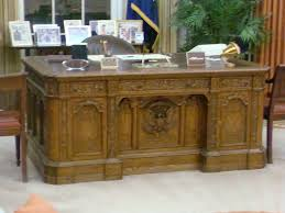 desk in oval office. California Resolute Desk Replica - Oval Office Ronald Reagan Presidential Library, Simi Valley, In G